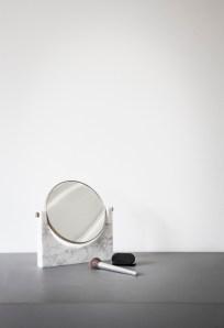pepe marble mirror loc3