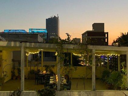 Koel Cafe Karachi Pictures