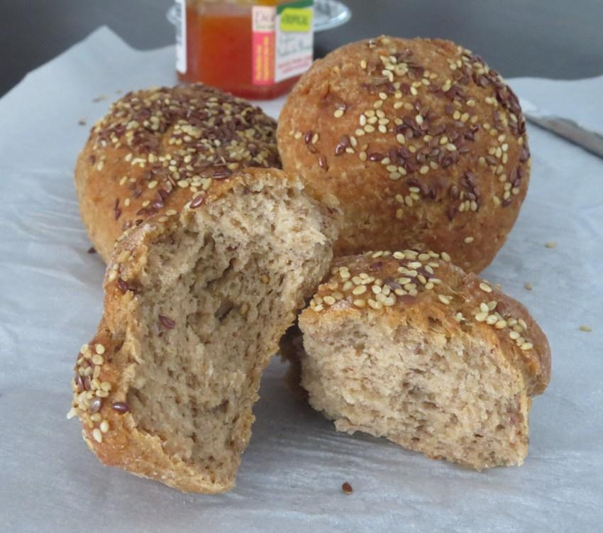 Pãozinho sem glúten e sem lactose de Teff e Quinoa