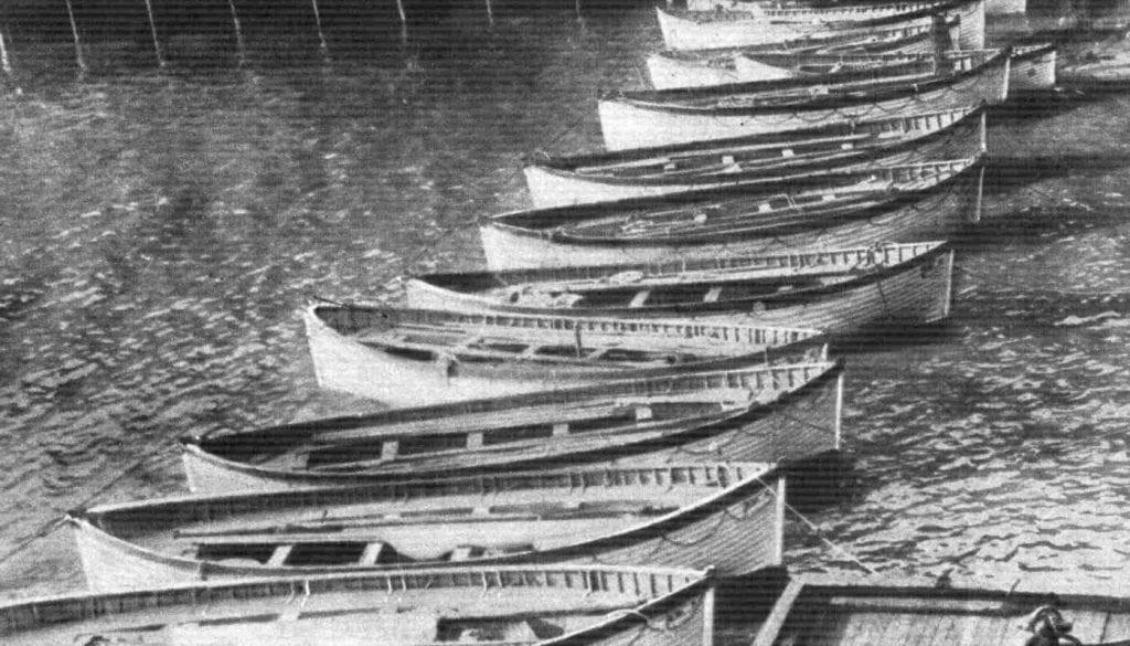 Utwato tw'ubuzima (lifeboats) twifashishijwe mu gutabara abantu