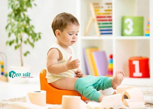 Cách chữa bệnh táo bón cho trẻ an toàn