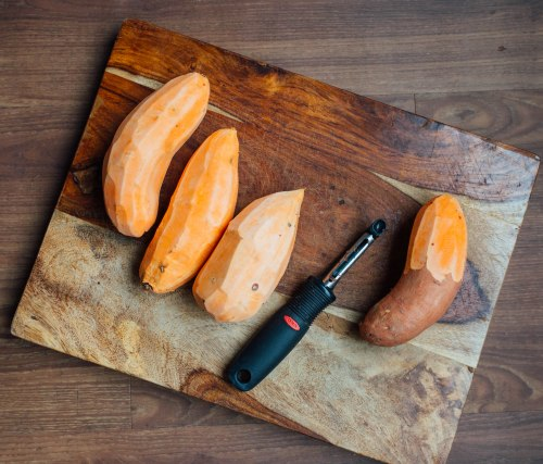 peel-sweet-potatos
