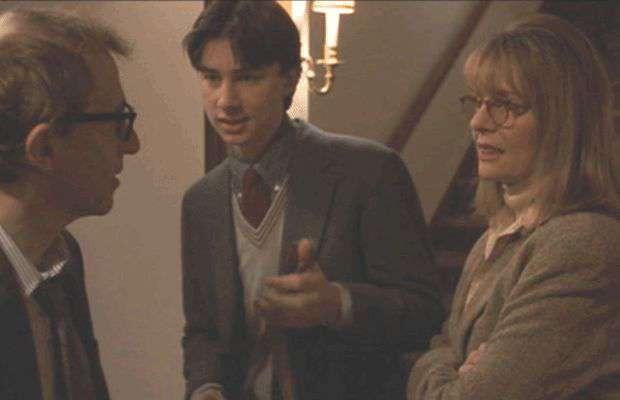 В этом фильме состоялся дебют Зака Браффа в крохотной роли сына главных героев. Он описывает эту работу так: «Когда я сейчас смотрю на себя в этой сцене, в моих глазах лишь страх»