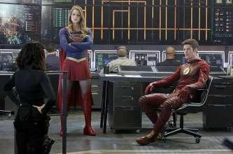 Supergirl-season-1-episode-18-Lucy-Kara-Barry