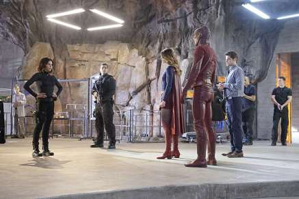 Supergirl-season-1-episode-18-Lucy-Supergirl-Flash-Winn