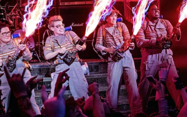 ghostbusters-2016-cast-proton-packs-images[1]