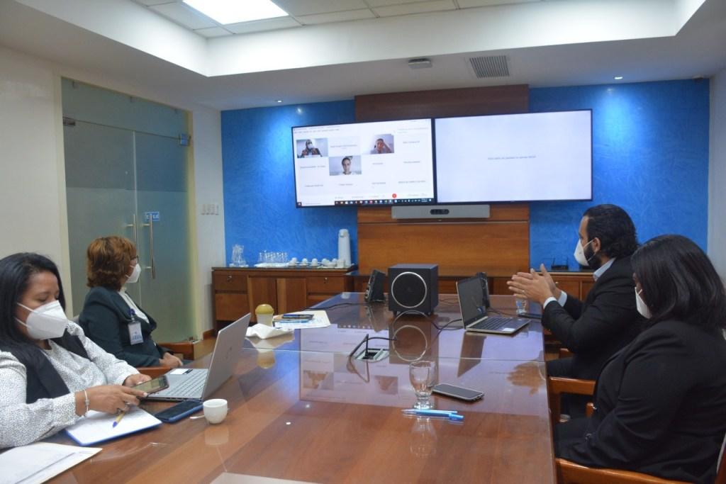 Olaya Dotel, viceministra de Cooperación Internacional del Ministerio de Economía, Planificación y Desarrollo y Ordenadora Nacional de los Fondos Europeos para el Desarrollo, encabeza encuentro con representantes de la delegación de la Unión Europea en República Dominicana.