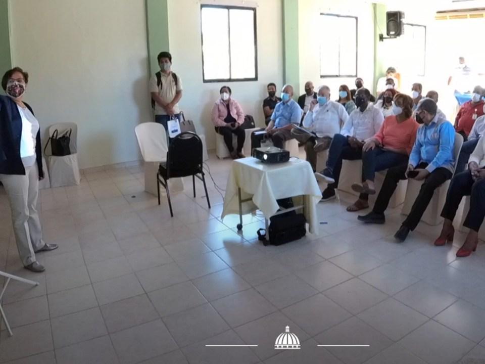 Indican proyectos priorizados para el desarrollo de Pedernales
