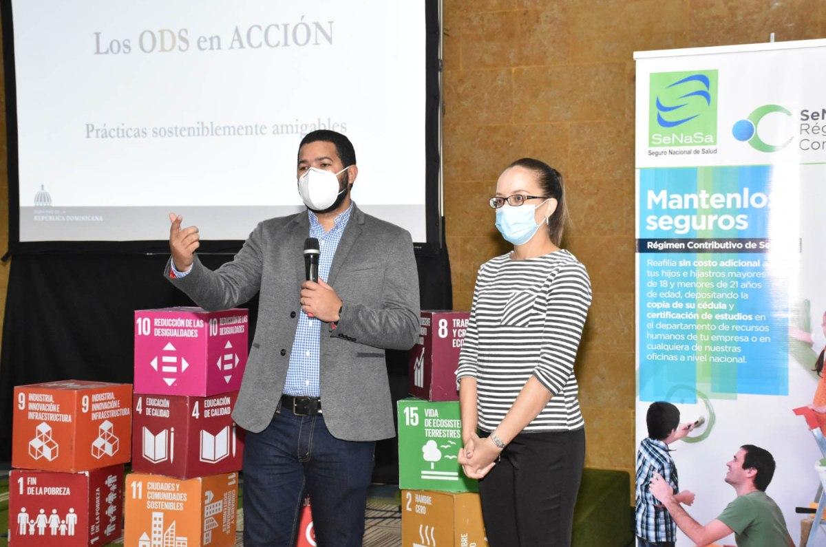 La presentación versó sobre los antecedentes de los Objetivos de Desarrollo Sostenible, sus objetivos y metas y la situación de la Agenda 2030 en la República Dominicana.