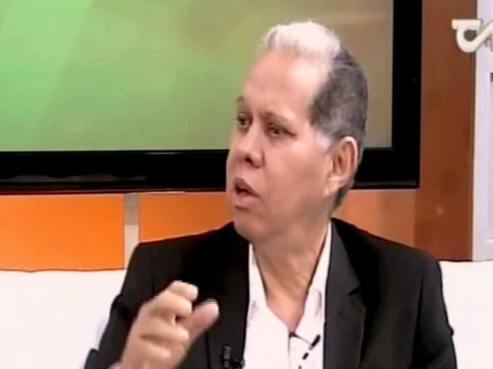El viceministro de Ordenamiento Territorial y Desarrollo Regional participaron en el programa Uno Más Uno, que conducen los periodistas Millizen Uribe y Adalberto Grullón, por Teleantillas Canal 2.