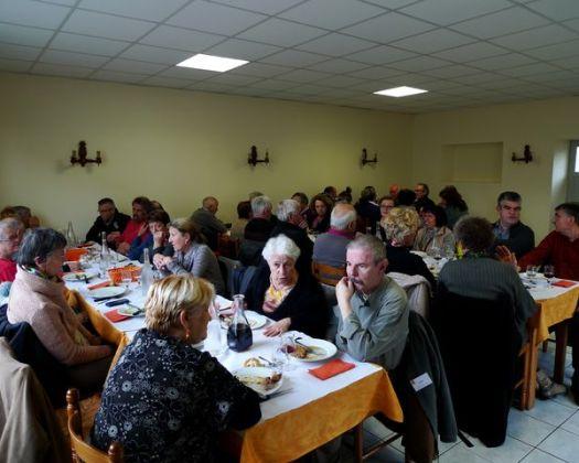 L'amitié et la chaleur au repas pris en commun avec nos amis de l'Ateneo