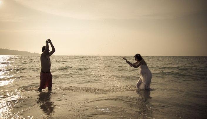 Fotografía de embarazada en la playa