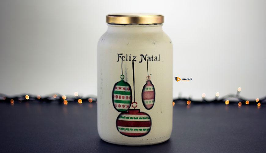 Pote de vidro para o Natal com stencil de bolas