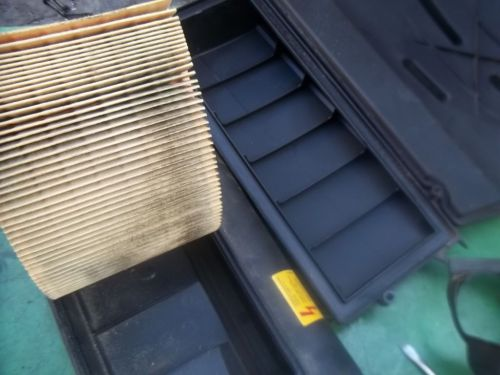 small resolution of replace engine air filter mercedes e c clk cls g glk ml class