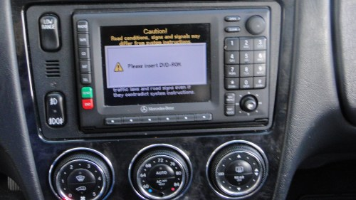 small resolution of identify mercedes comand aps head unit