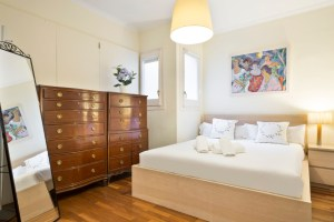 Romantic double bed - Cama doble romantica