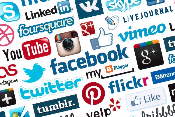 Manejo de Redes Sociales - Mercadeo Web