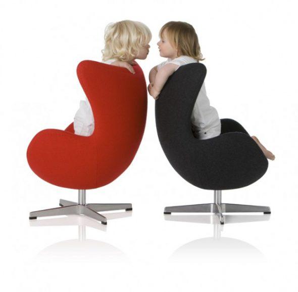 Egg chair junior Jacobsen