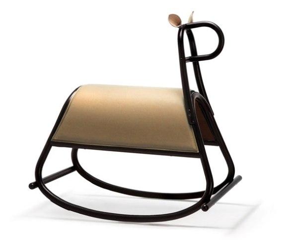 Front-design-rocking-horse-Furia