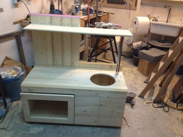 Guest post come costruire una cucina giocattolo in legno per i propri figli mercatino dei - Costruire un mobiletto ...