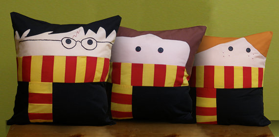 harrypotter_trio_pillow