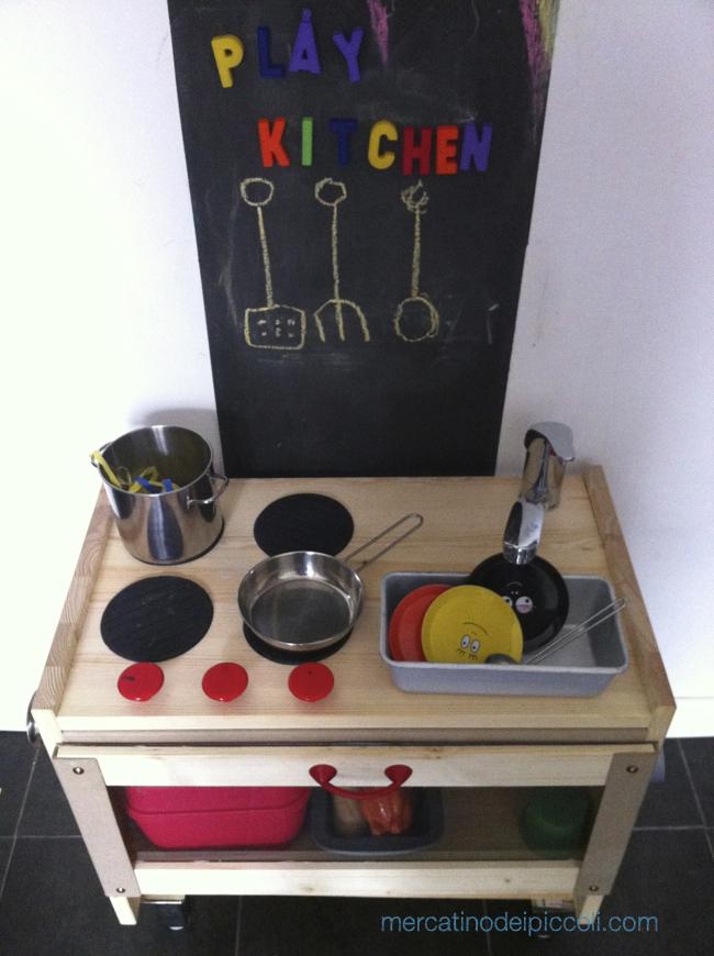 Come ho costruito la cucina giocattolo per i miei bambini