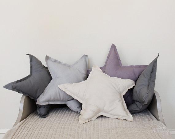 tessili e cuscini  di Colette Bream