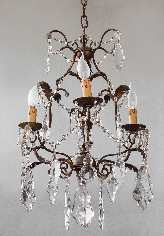 lampadario stile maria teresa gocce cristallo Lampadario In Ottone E Vetro Anni 60 70 Goccia Cristalli Eureka Mercatino Dell Usato