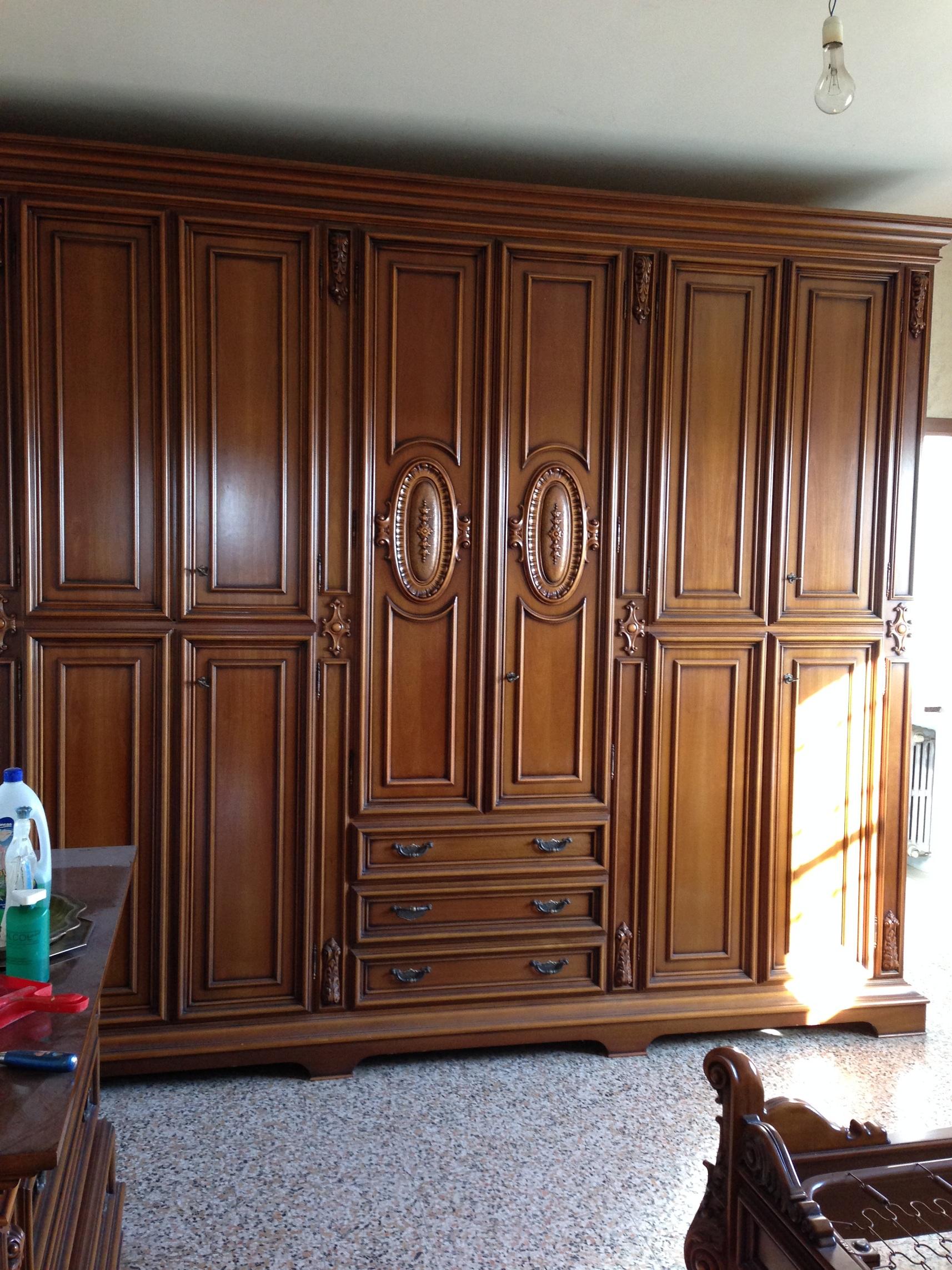Camera letto completa legno armadio com comodini letto