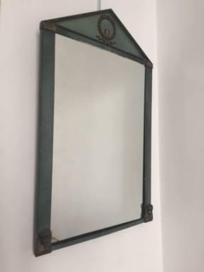 Espejo en metal lacado en azul verdoso