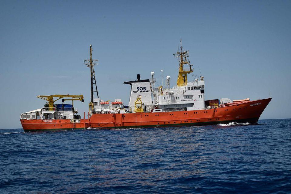 L'Aquarius bateau pirate ?