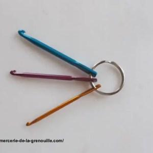 réf 02-03-Ac-001 porte-clés avec des crochets