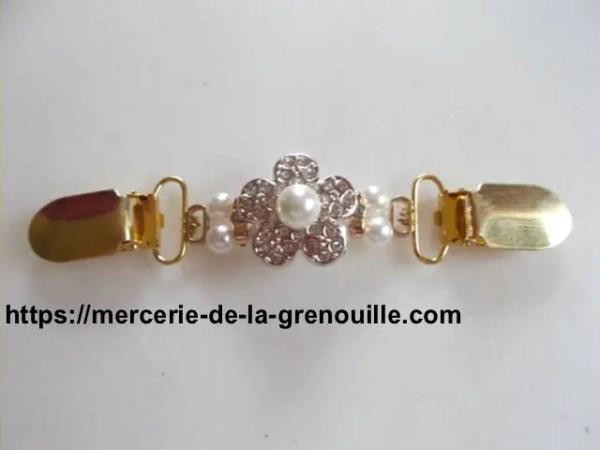 Broche clip fleur strass et perles