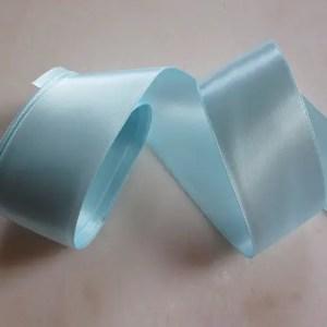 réf 10-p-40-031 ruban de satin bleu 40 mm