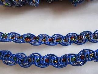 réf 10-p-08-037 ruban dentelle bleu marine et lurex