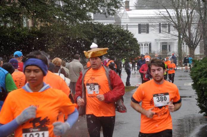Two Traditional Turkey Trots for 2015 Thanksgiving