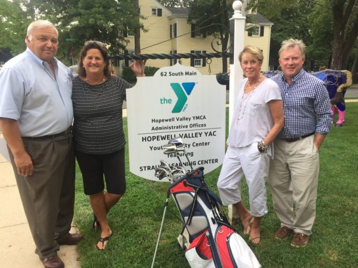 Tom Jackson Champion Golf Outing Benefits YMCA Youth Sports