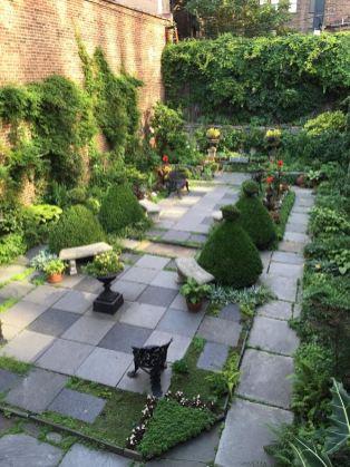 Garden in New York City in 19th century house musem