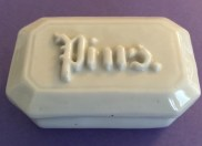 Pin Box, 19th c. (MHM 2002.3403)