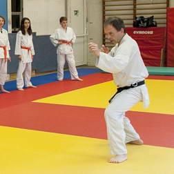 Karaté – dès 8 ans / Self défense – Karaté Shotokai ados – adultes