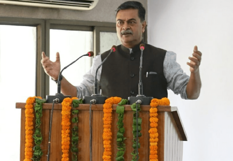 R. K. Singh Asks States to Curb the Losses Incurred by DISCOMs