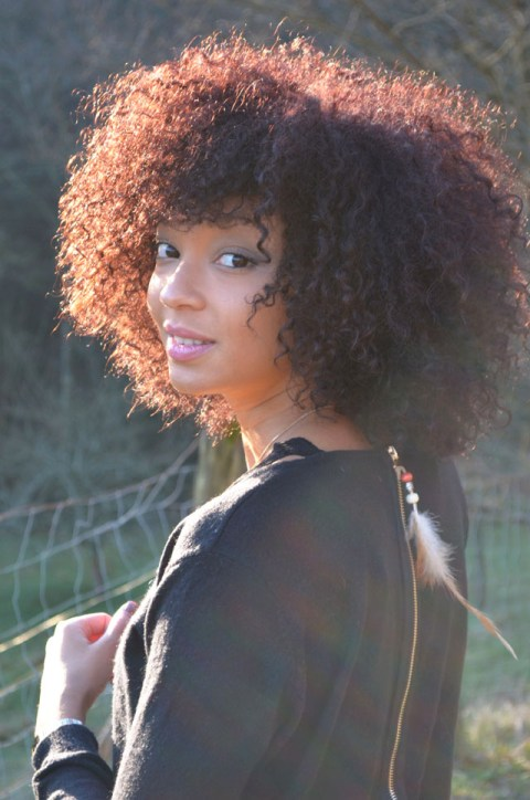 mercredie-blog-mode-forezan-cognin-chambery-savoie-couleur-rouge-cheveux-frises-naturels-rouges-inoa
