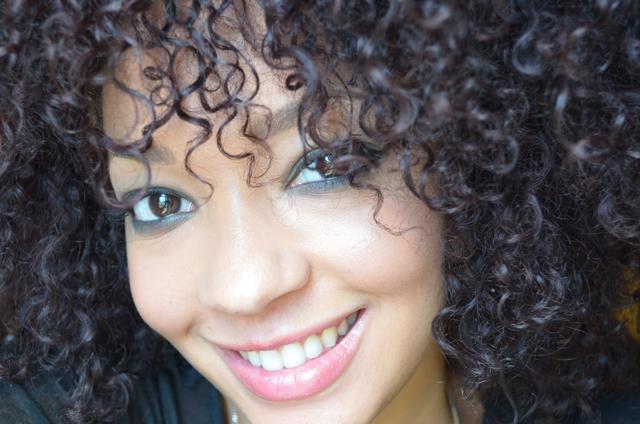 2-mercredie-blog-mode-beaute-maquillage-makeup-smoky-master-black-maybelline-nars-mac-concealer-studio-finish-bb-cream-dermablend-ysl-touche-eclat