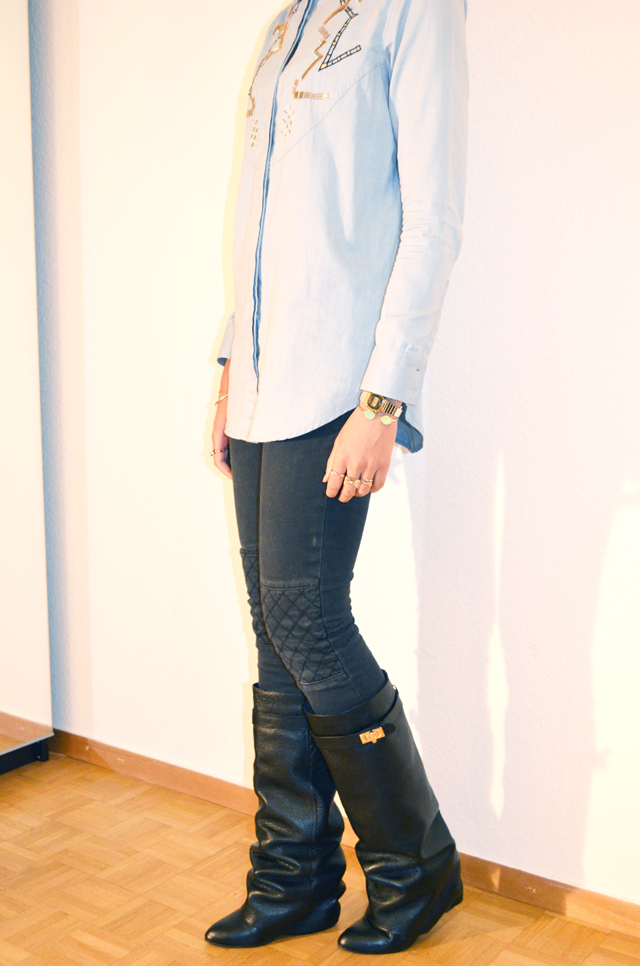 4-mercredie-blog-mode-beaute-chemise-circus-jean-denim-perles-bijoux-aldo-bague-zara-boots-bottes-givenchy-ersatz