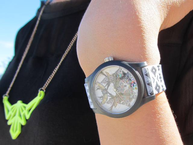 mercredie-blog-mode-wysiwatch-montres-montre-personnalisables-kris-tate-concours-nike-freerun-forest-friends-collier-sheinside