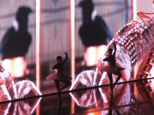 mercredie-zurich-beyonce-concert-Suisse-Hallenstadion-mrs-carter-show-live-ballerinas