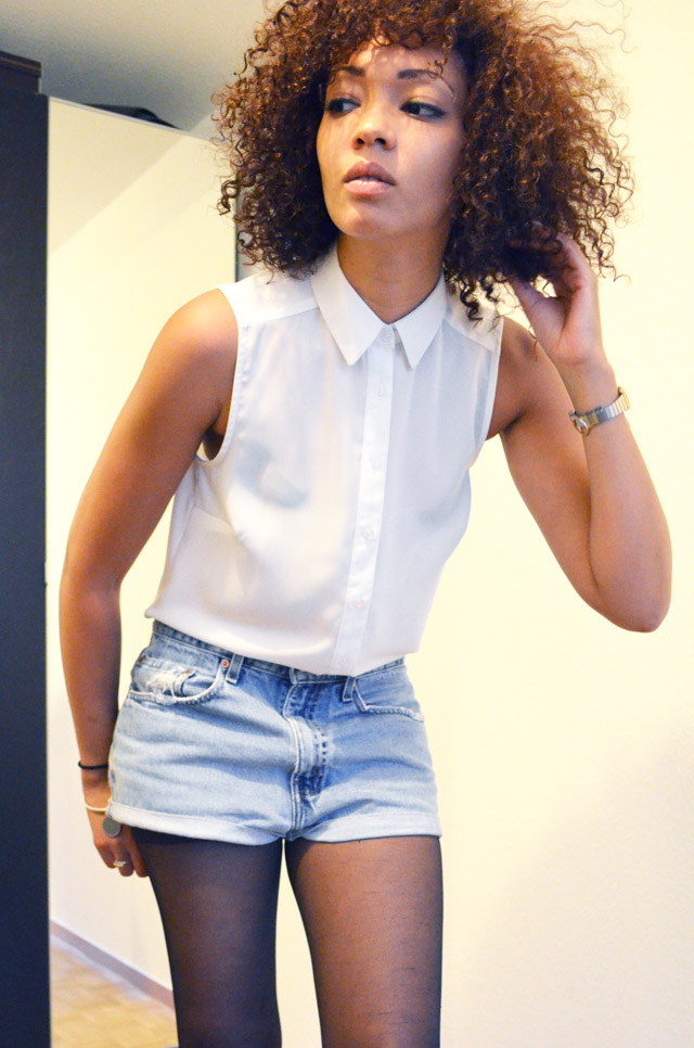 mercredie-blog-mode-beaute-suisse-geneve-short-levis-501-chemise-blanche-newlook-look-cheveux-afro