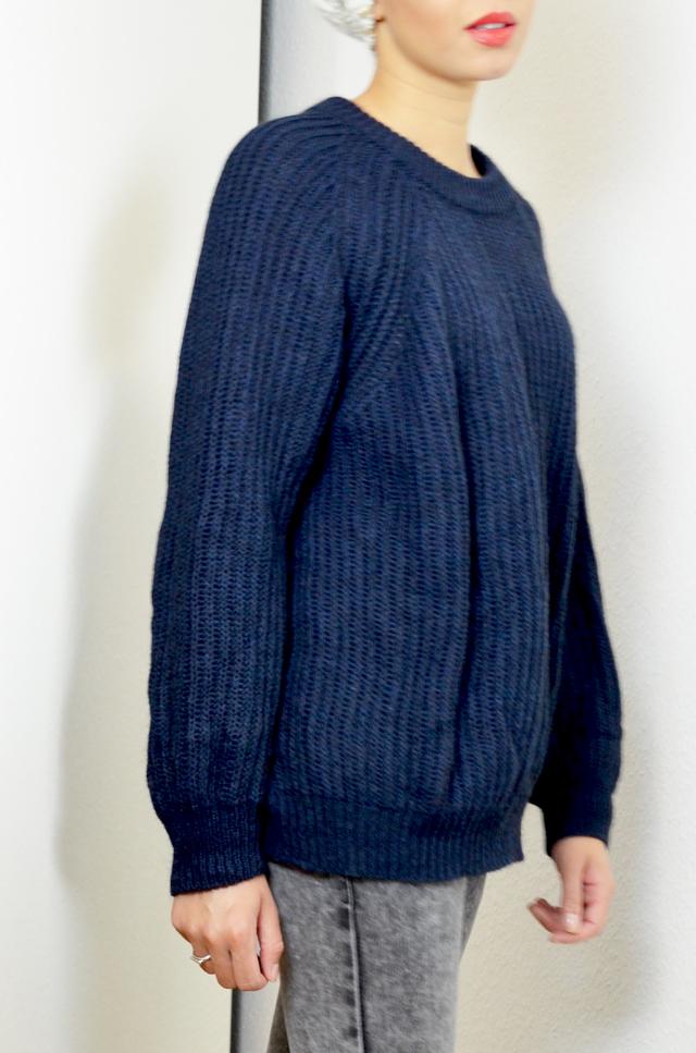 mercredie-blog-mode-geneve-suisse-zara-jumper-pull-bleu-marine-laine-biker-jeans-jean-jennyfer