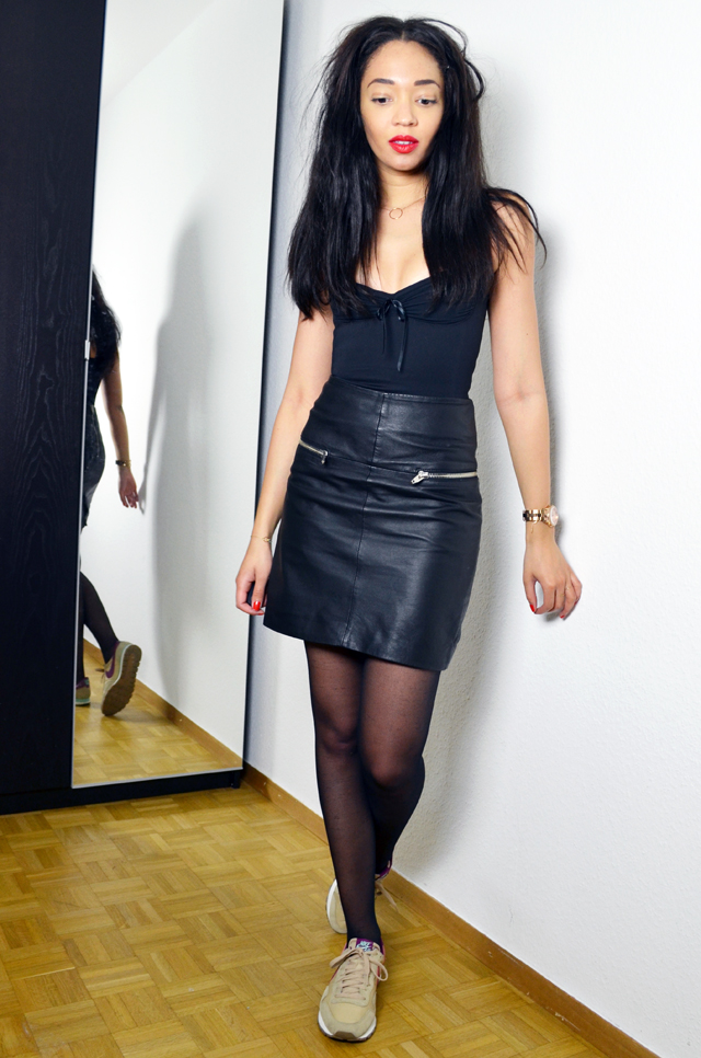 mercredie-blog-mode-geneve-suisse-test-avis-grace-and-wilde-body-shapewear-minceur-gaine-look-jupe-cuir-h&m