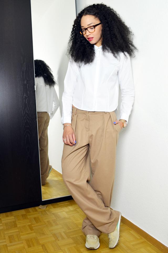 mercredie-blog-mode-geneve-fashion-blog-geneva-suisse-switzerland-chemise-courte-blanche-zara-kurly-klips-cheveux-afro-my-spirals-pantalon-frontrowshop-firmoo-lunettes-avis